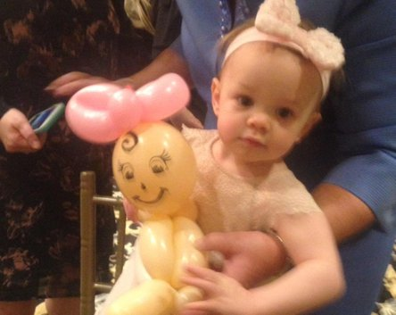 Baby girl with Balloon baby - Balloon Twisting