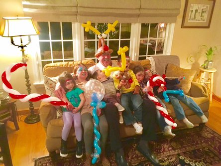 Party Entertainment - Christmas Balloon Art