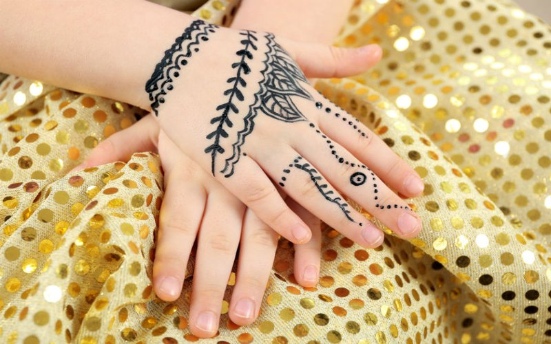 Beautiful Henna Temporary tattoos for kids